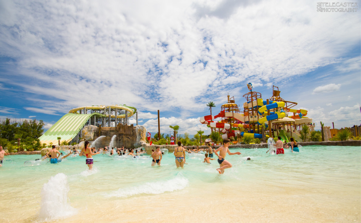 Opening 2019 of WAVE ISLAND